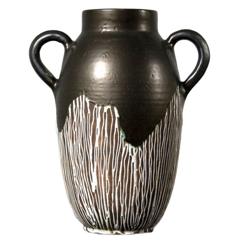Large art deco vase at 1stdibs - Branche deco vase ...
