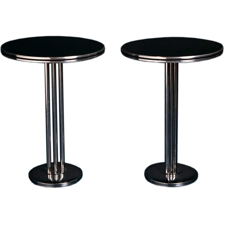 A Pair Of Art Deco Circular Coffee Tables By Rickel Of Chicago At 1stdibs
