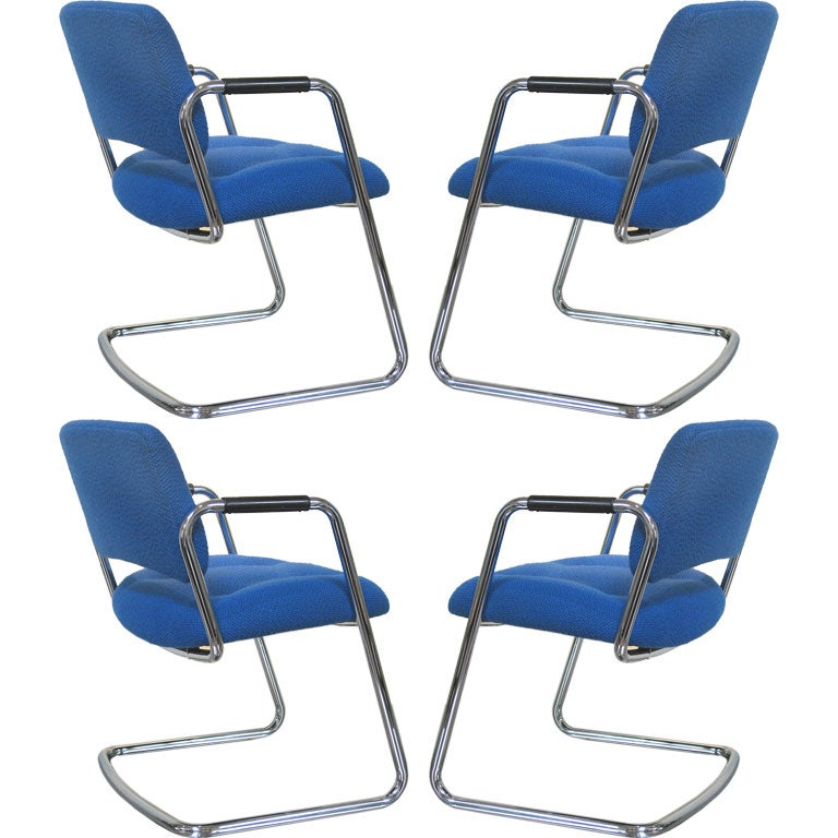 Set of Four Vintage Steelcase Chairs 1