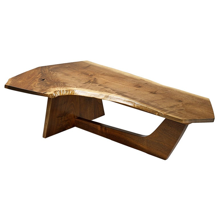 Minguren Antique sleigh coffee table
