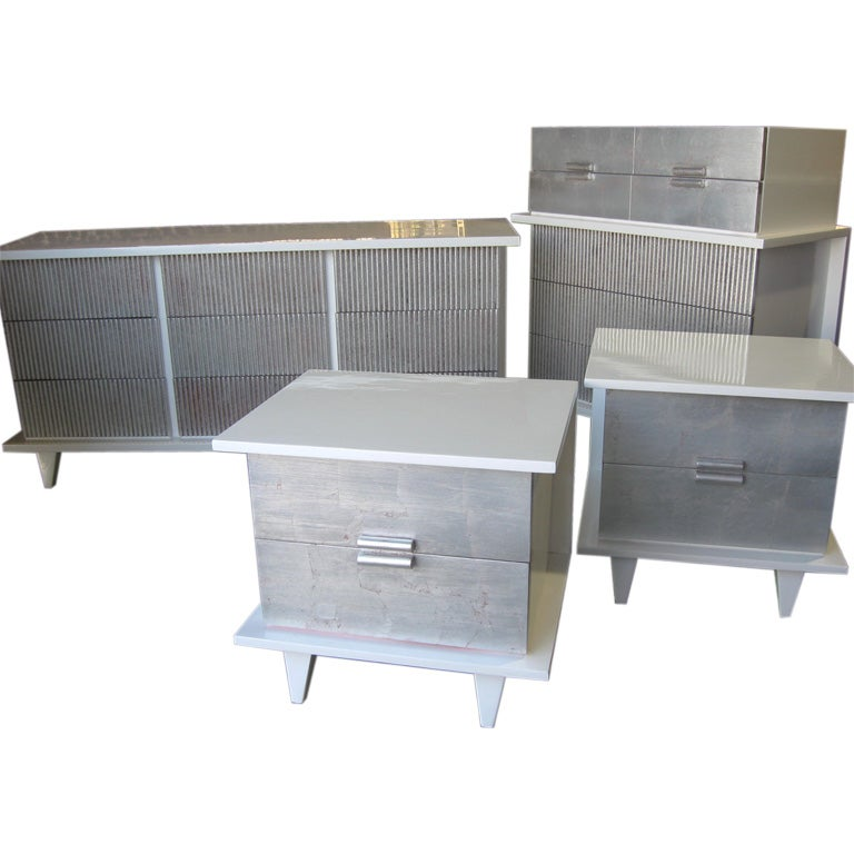 exceptionel 40 39 s silver leaf and lacquer bedroom set at 1stdibs