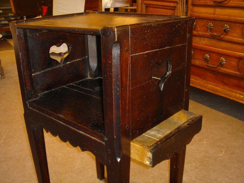 walnut table de nuit at 1stdibs. Black Bedroom Furniture Sets. Home Design Ideas