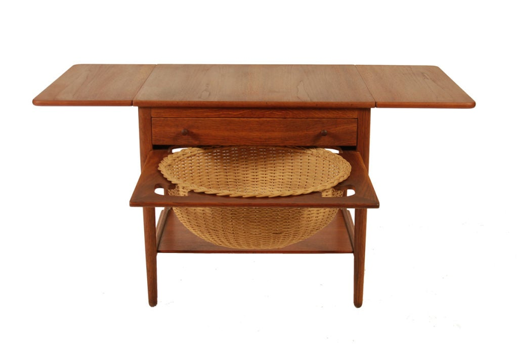 Sewing Table by Hans Wegner at 1stdibs : sewingtableopen from www.1stdibs.com size 1024 x 681 jpeg 46kB