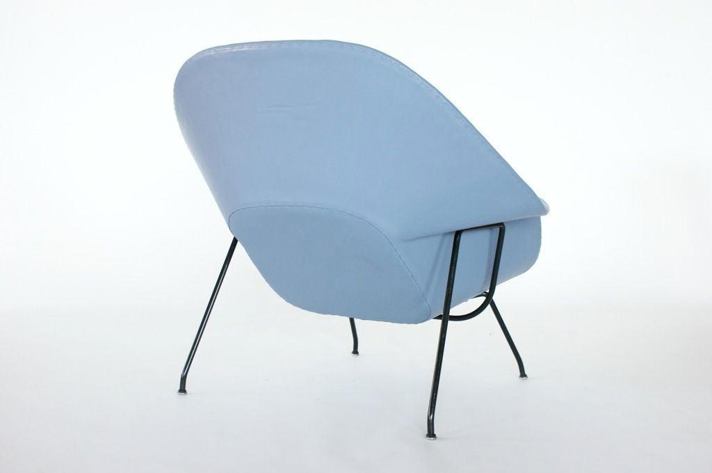 American Eero Saarinen Womb Chair For Sale