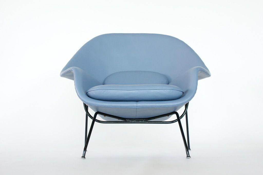 Eero Saarinen Womb Chair For Sale 2