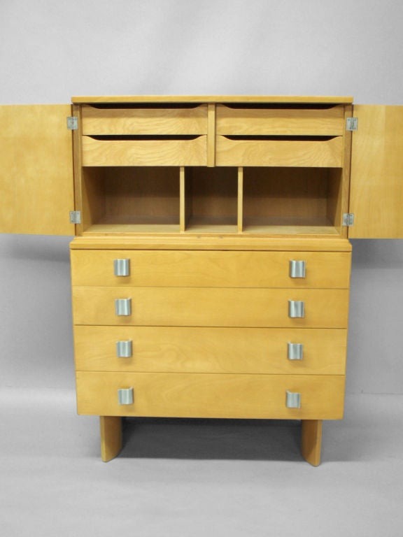 Mid-Century Modern Blonde Chest on Chest by Eilel Saarinen for Johnson Furniture For Sale