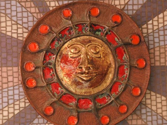1950s Italian Sunburst Ceramic Wall Sculpture In Good Condition For Sale In Los Angeles, CA