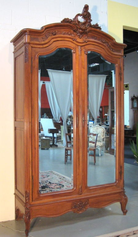 french louis xv style armoire at 1stdibs. Black Bedroom Furniture Sets. Home Design Ideas