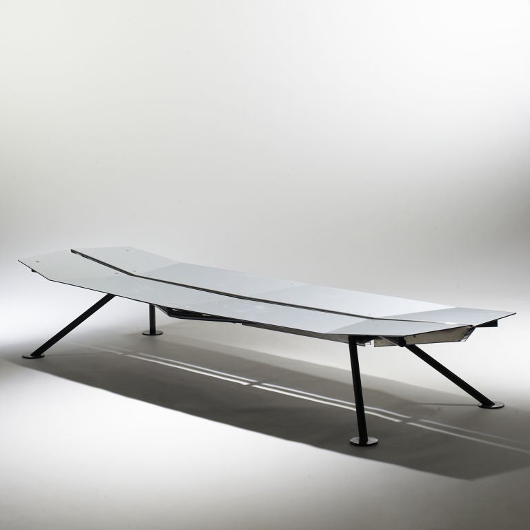 Prototype lockheed 2 chaise by flip sellin and ingo for Chaise de calvin
