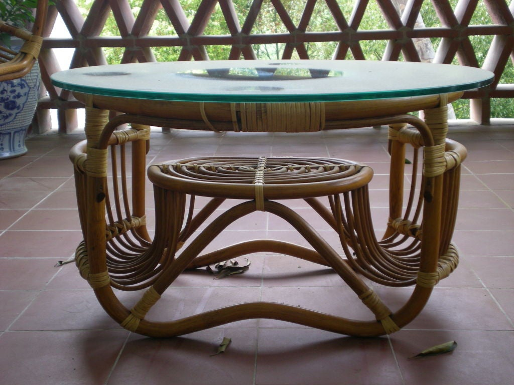 1970 39 s bent bamboo set of a table and chairs at 1stdibs for Bent bamboo furniture