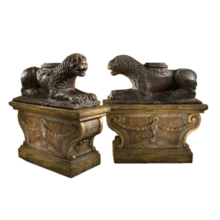 Rare Early 19th Century Pair Of Italian Gesso Lions At 1stdibs
