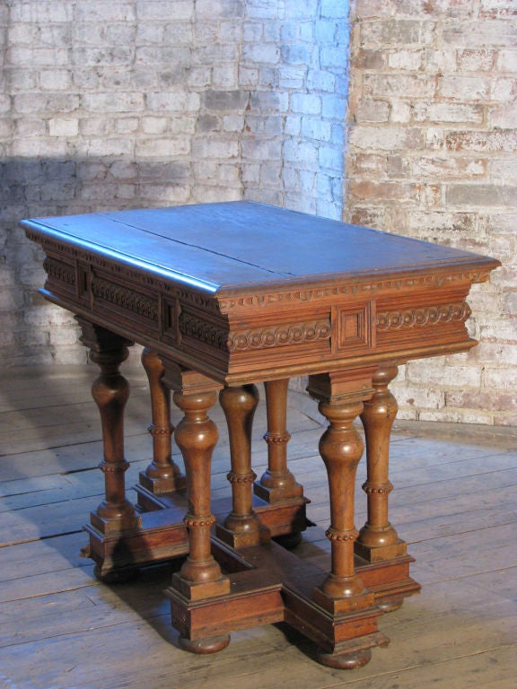 French `19th century Renaissance style Cross Lorraine small Walnut center Table In Good Condition For Sale In Troy, NY