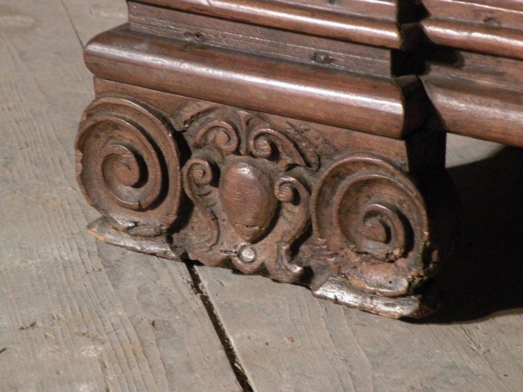 Walnut 17th century Italian Baroque walnut Credenza or Desk For Sale