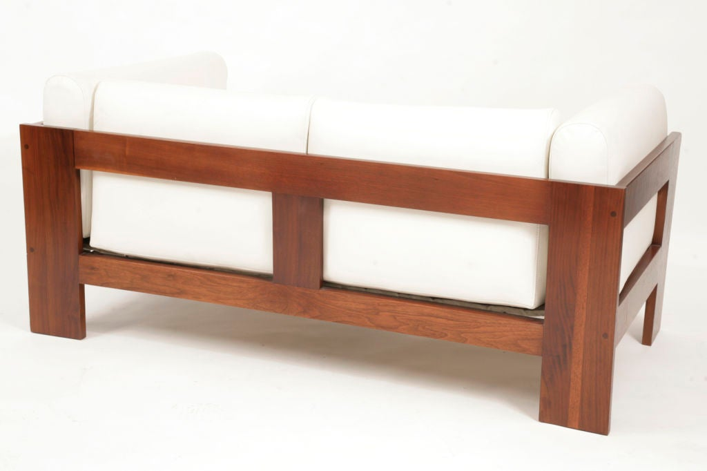 rosewood and leather bastiano sofa by scarpa at 1stdibs. Black Bedroom Furniture Sets. Home Design Ideas