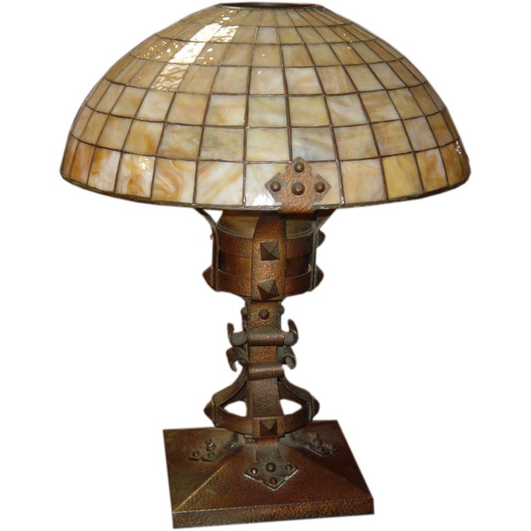 arts and crafts lamp at 1stdibs. Black Bedroom Furniture Sets. Home Design Ideas