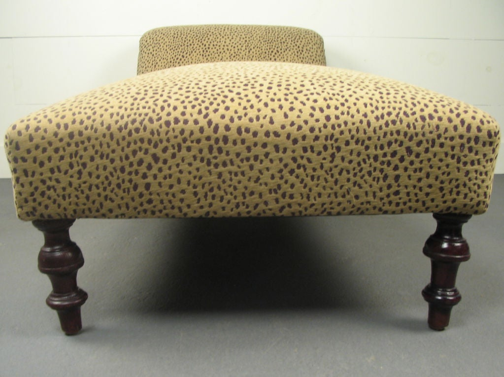 Antique swedish victorian chaise longue at 1stdibs for Antique chaise longue