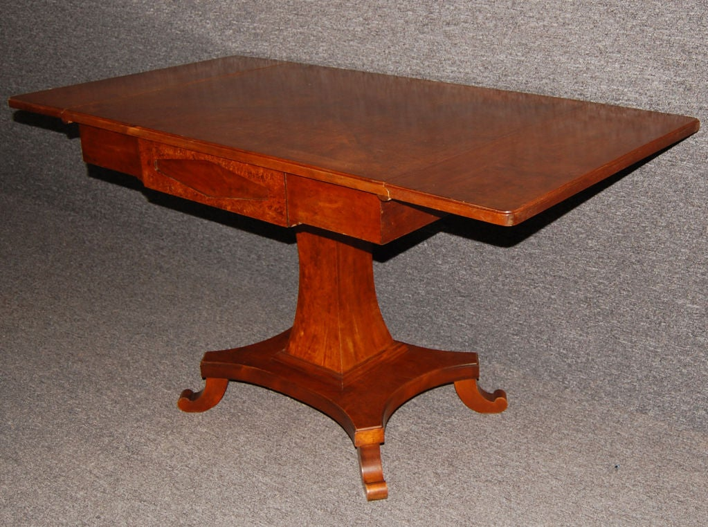 Swedish Karl Johan (Biedermeier) Drop-Leaf Center Table For Sale 1