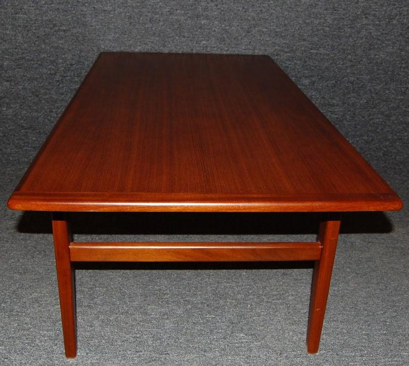 Mcm Teak Coffee Table: Swedish Mid-Century Modern Teak Coffee Table At 1stdibs
