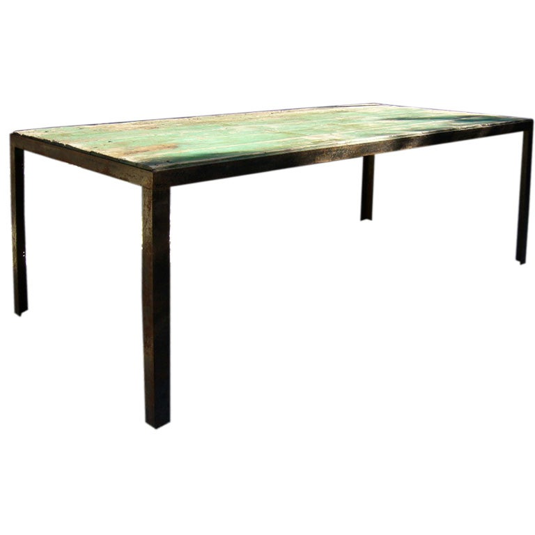 Green Outdoor Garden Table