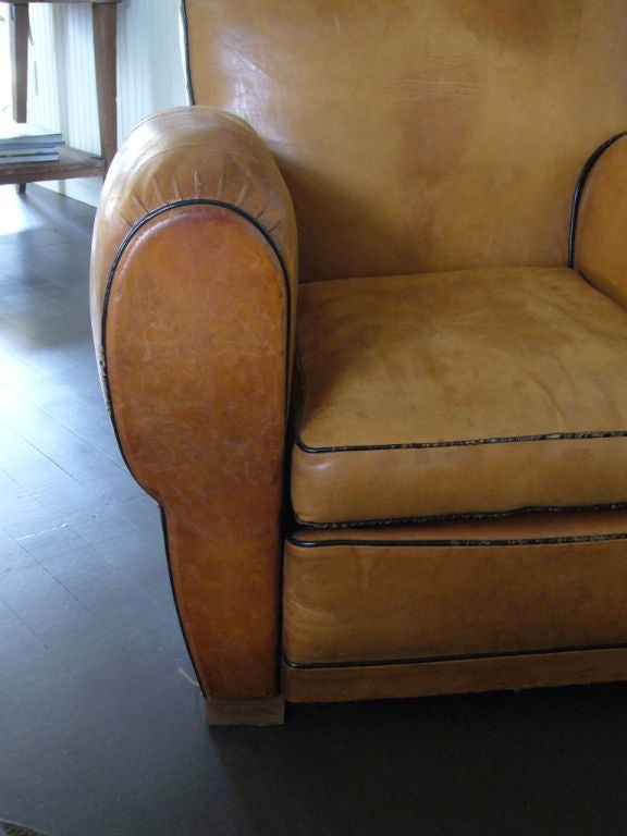 Pair of Art Deco Leather Club Chairs In Good Condition For Sale In Yountville, CA