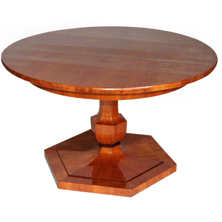 Biedermeier Round Dining and Game Table at 1stdibs : biedermeiergametable1 from 1stdibs.com size 768 x 768 jpeg 43kB