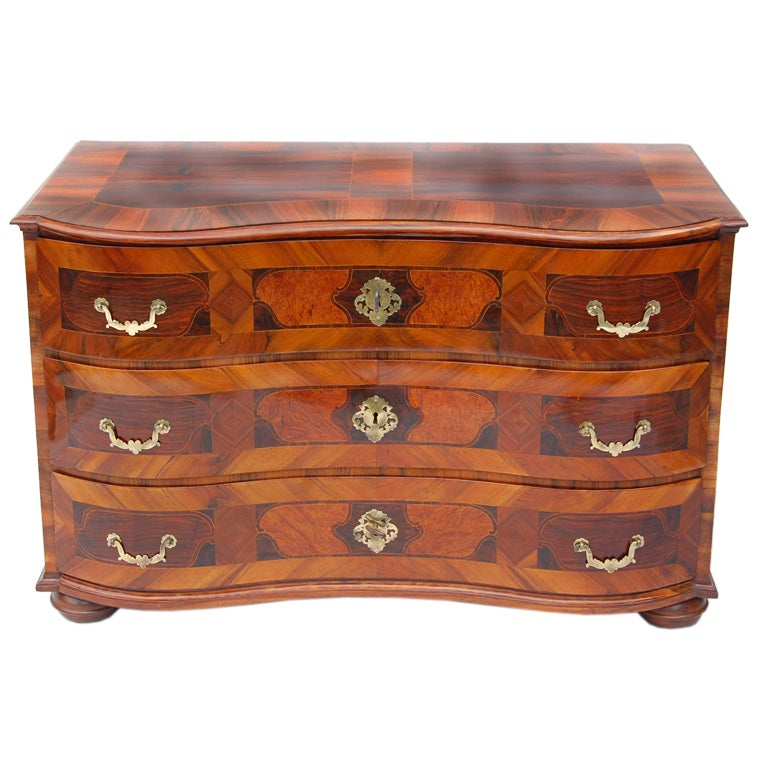 Baroque commode at 1stdibs - Commode noire baroque ...