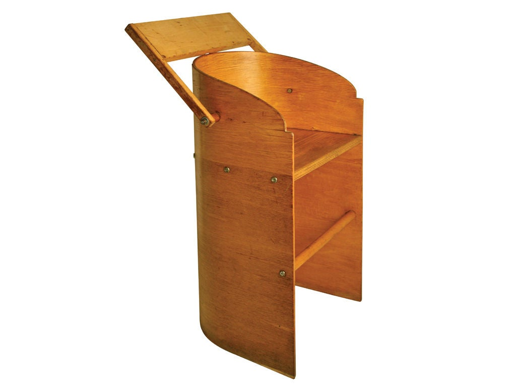 Bent plywood baby's highchair Thonet