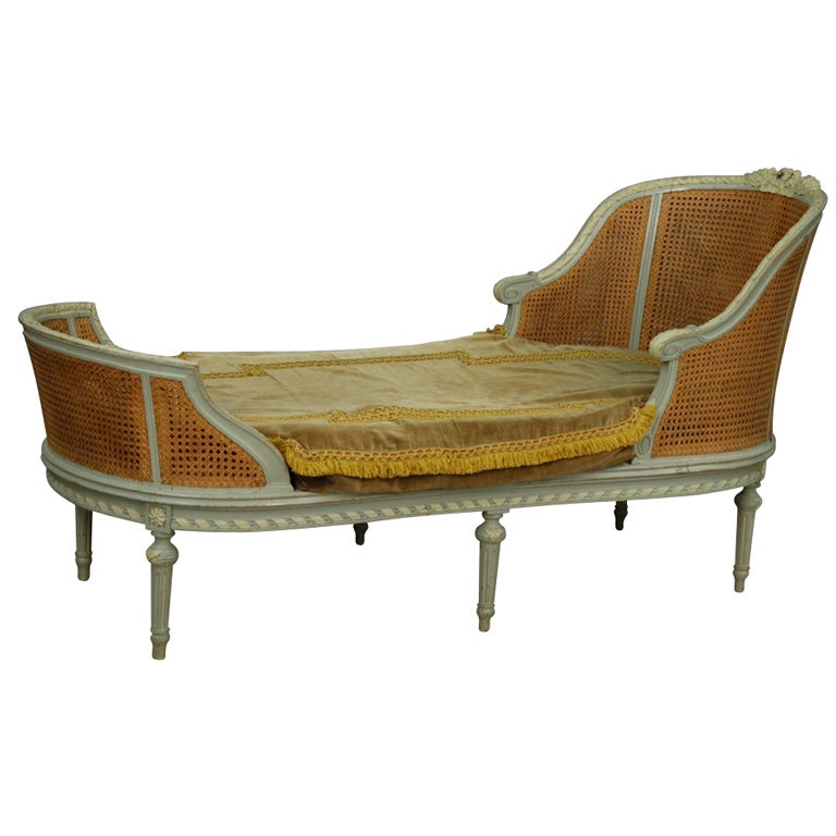 Painted and cane chaise longue at 1stdibs for Cane chaise longue
