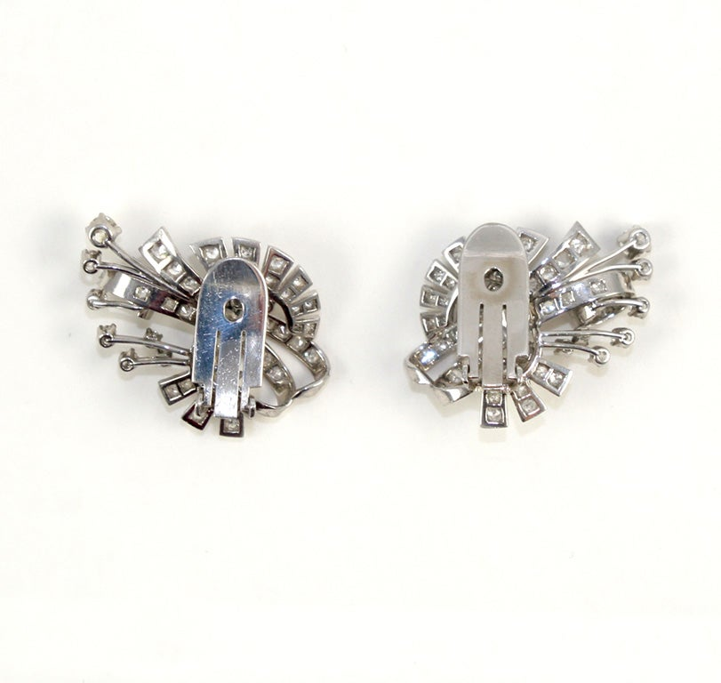 18kt White Gold & Diamond Earings. image 5