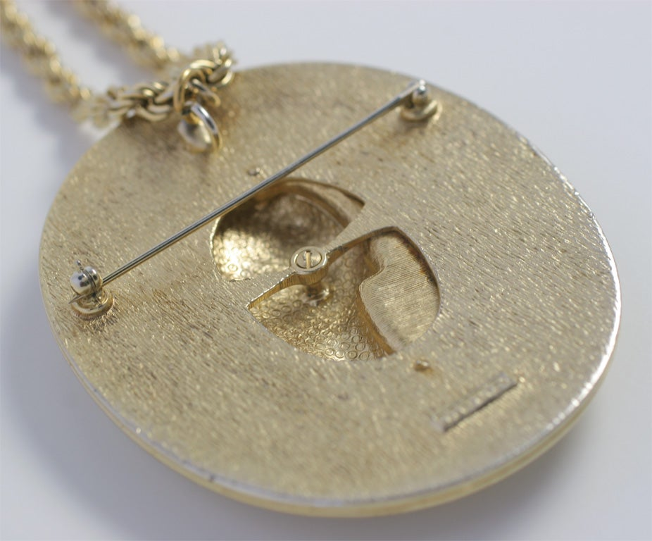 Ciner Pendant Necklace For Sale 2