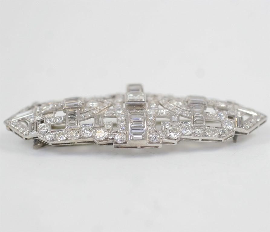 Women's Art Deco Diamond Brooch For Sale