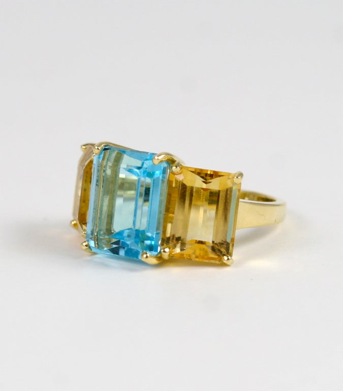 18kt yellow gold emerald cut ring with citrine and peridot