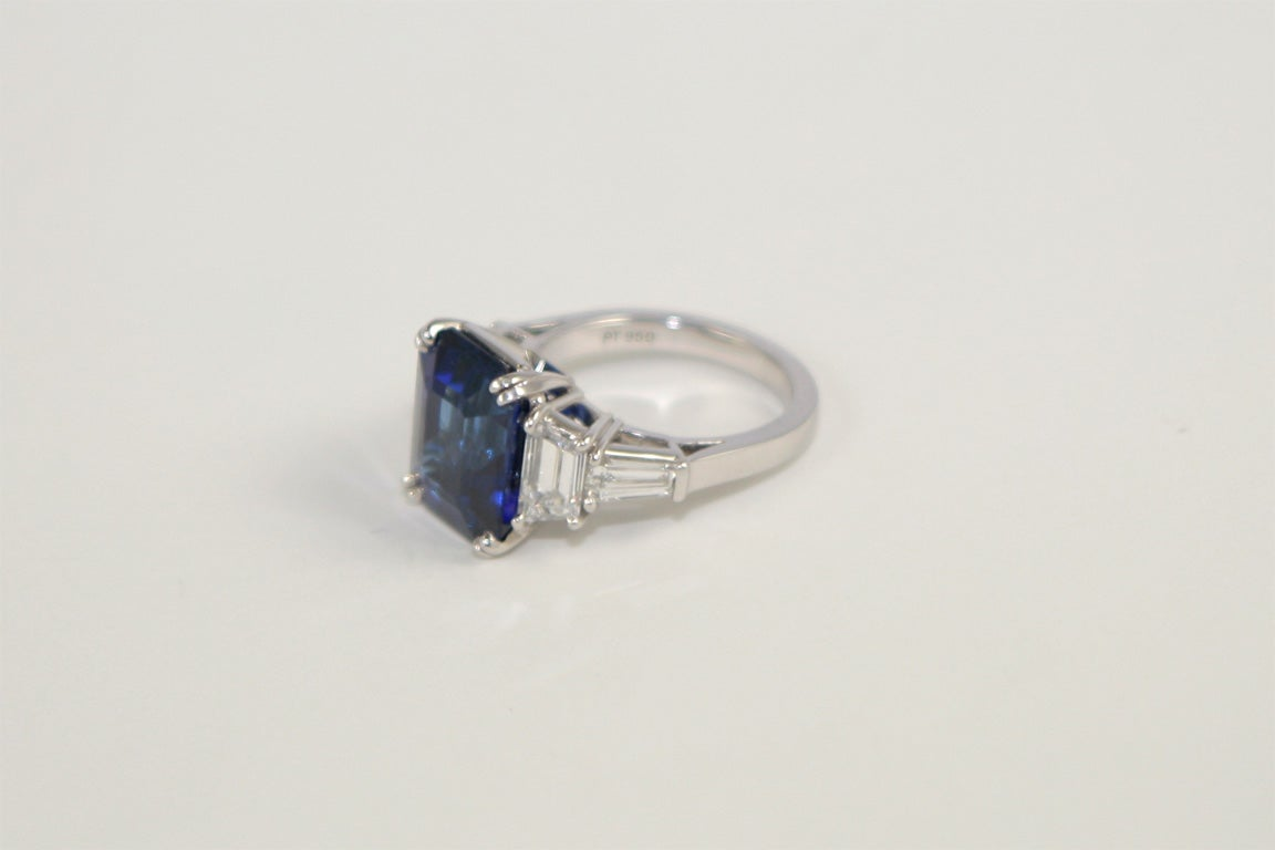 emerald cut sapphire ring image 5