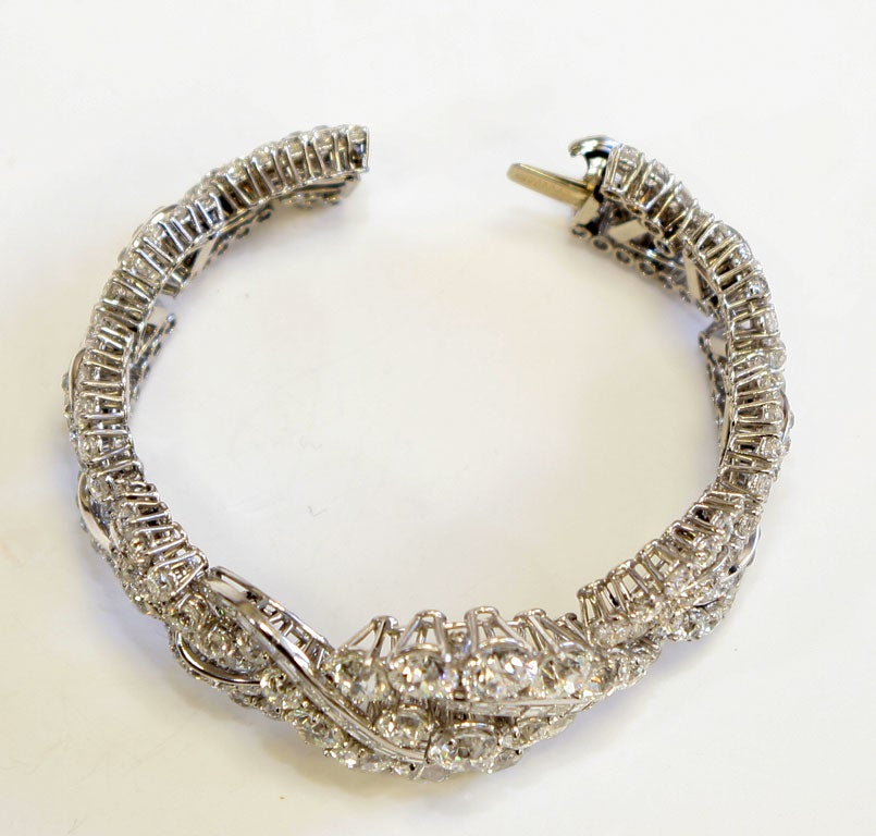 Spectacular Boucheron Platinum Diamond Bracelet For Sale 1