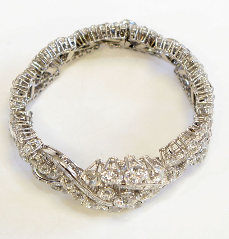 Women's Spectacular Boucheron Platinum Diamond Bracelet For Sale