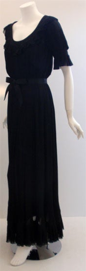 Christian Dior Haute Couture Pleated Chiffon Gown, Betsy Bloomingdale 1974 In Excellent Condition For Sale In Los Angeles, CA