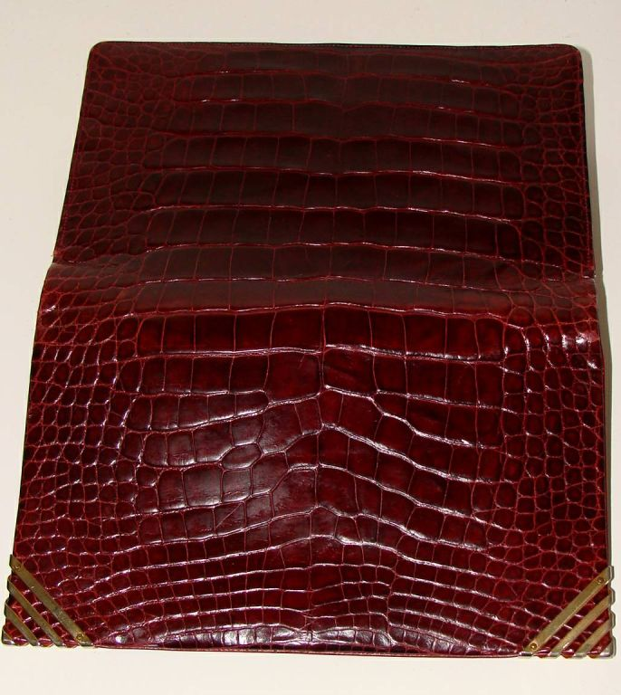 Rouge  Alligator  Shoulder Bag - Judith Leiber for Bonwit Teller For Sale 1