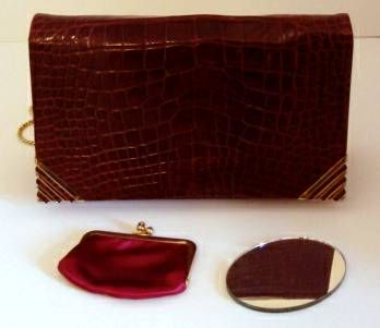 Rouge  Alligator  Shoulder Bag - Judith Leiber for Bonwit Teller For Sale 6