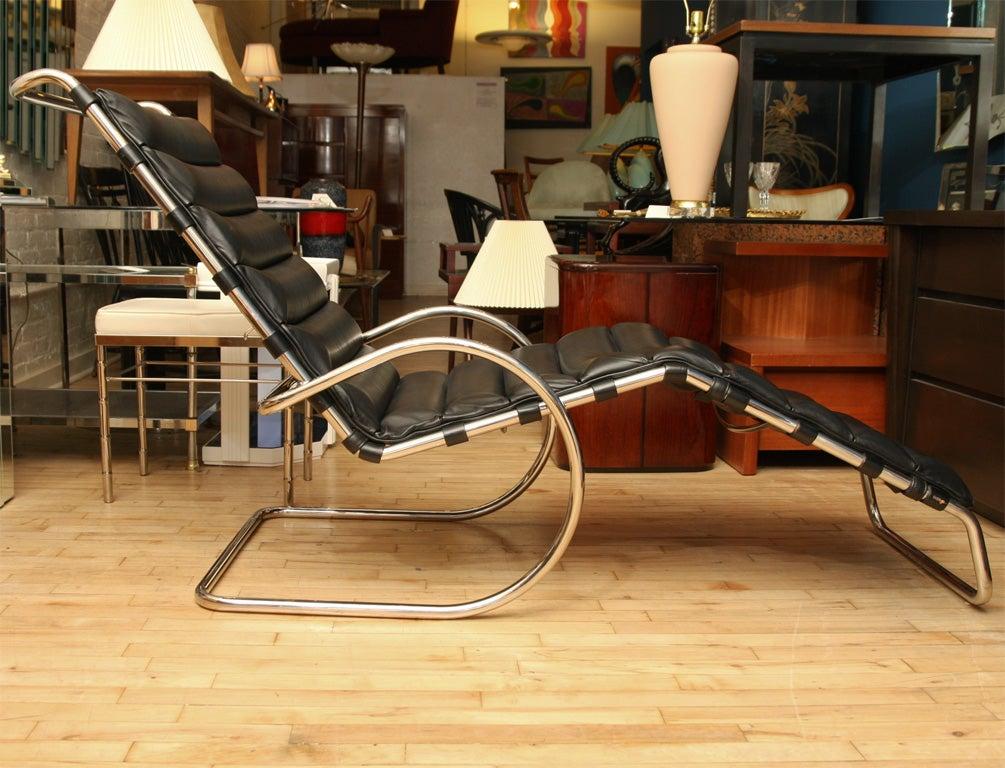 Mies van der rohe vintage mr adjustable chaise longue at 1stdibs - Chaise tulipe knoll vintage ...