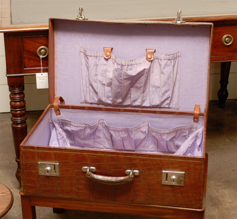 British Colonial Crocodile Case on Custom Stand from the 1920s For Sale 1