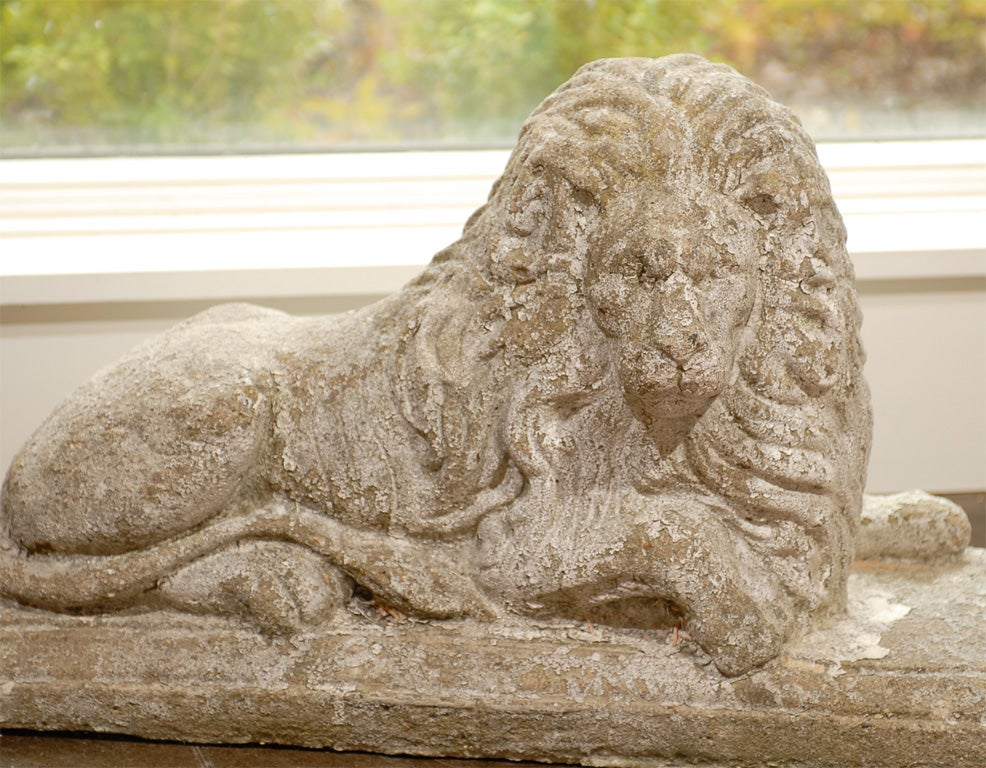 Pair of English Reclining Stone Lions on Bases from the Early 20th Century For Sale 2