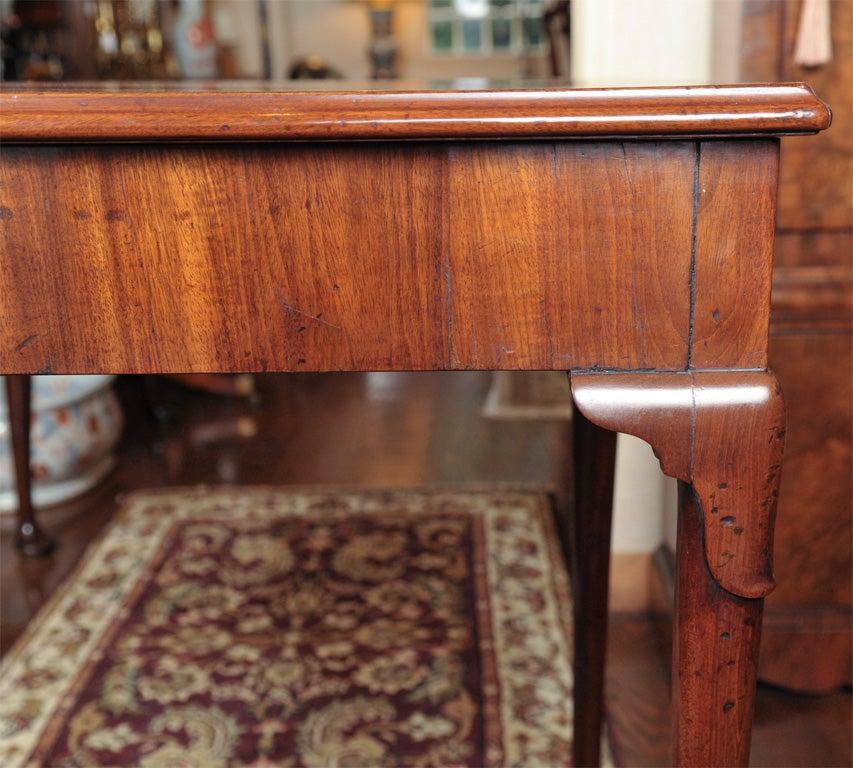 19th Century English Mahogany Dressing Table For Sale