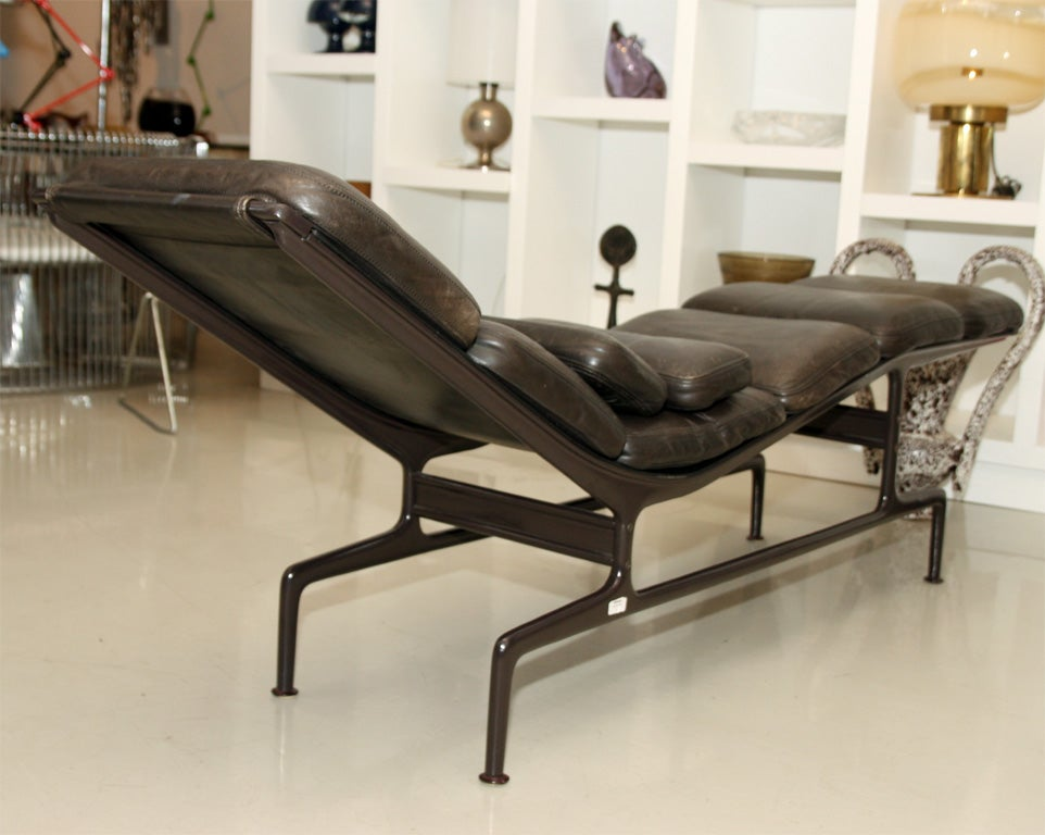 Charles and ray eames billy wilder chaise for sale at 1stdibs - Chaise style charles eames ...