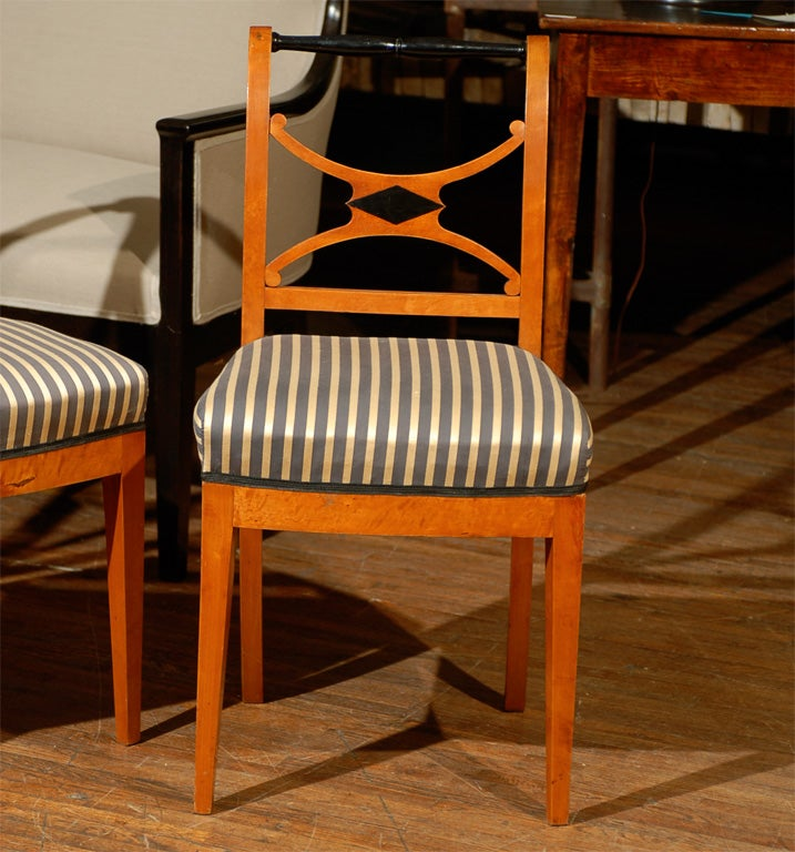 Set of Four 19th Century Karl Johan Swedish Chairs In Good Condition For Sale In Atlanta, GA
