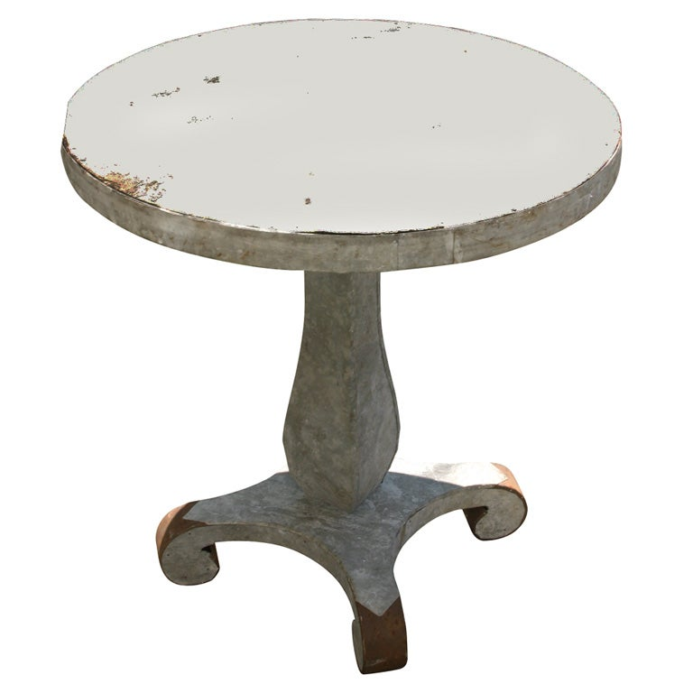 Galvanized tin covered empire table at 1stdibs for Table exterieur galvanise