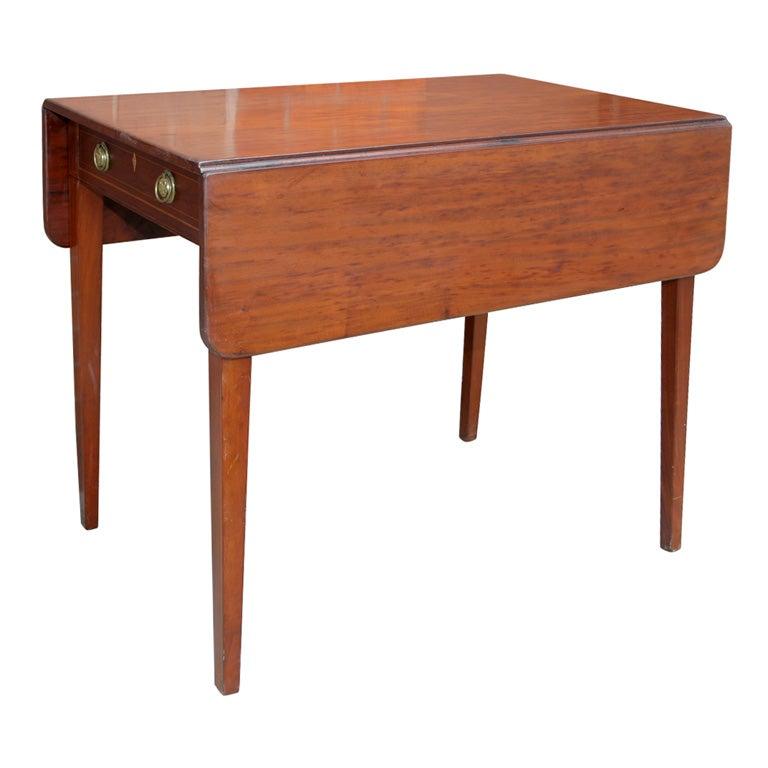 Antique Pembroke Table at 1stdibs : xIMG4775 from www.1stdibs.com size 768 x 768 jpeg 39kB