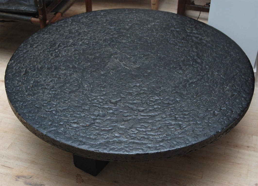 Black Granite Round Table At 1stdibs