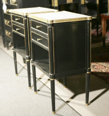 Pair Jansen Ebonized Marble Top Nightstands In Excellent Condition In Stamford, CT