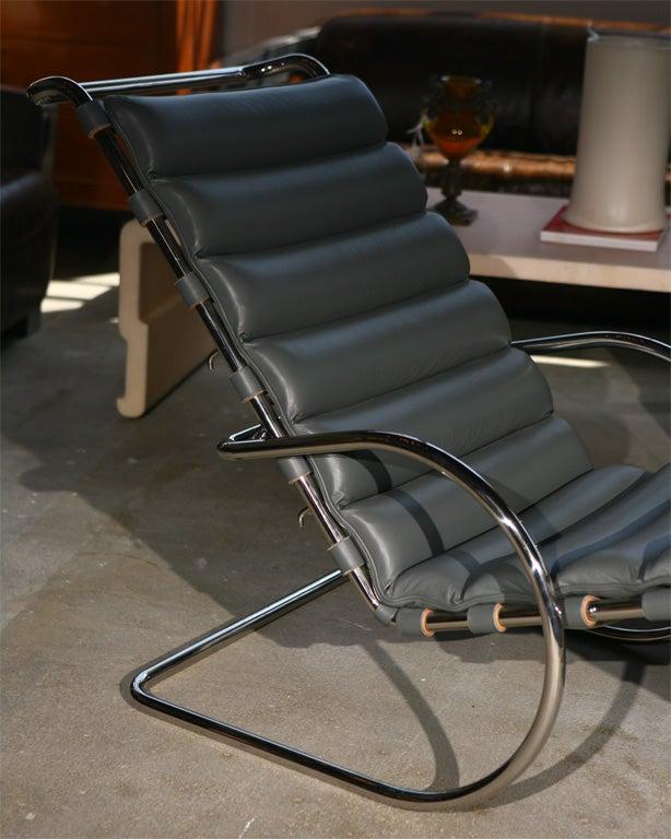 Mies van der rohe chaise lounge 1927 at 1stdibs - Mies van der rohe chaise ...