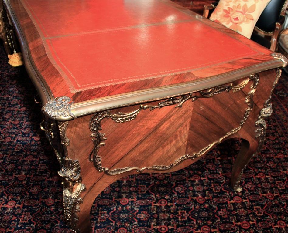 Louis xv style bureau plat desk at 1stdibs for Bureau louis xv